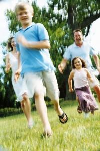 family running 199x300 Family Fun Runs   A Great Day Out for the Whole Family