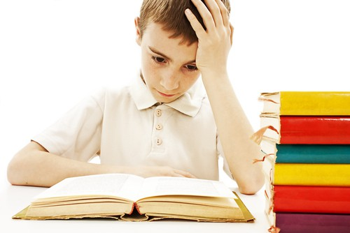 how to help a child with dyslexia