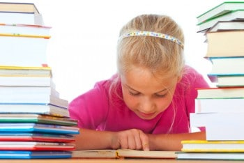 learningdyslexiaremedial reading e1386962640688 Helping Children Overcome Reading Difficulties