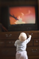 baby television.s200x200 Should Babies and Toddlers Watch Television?