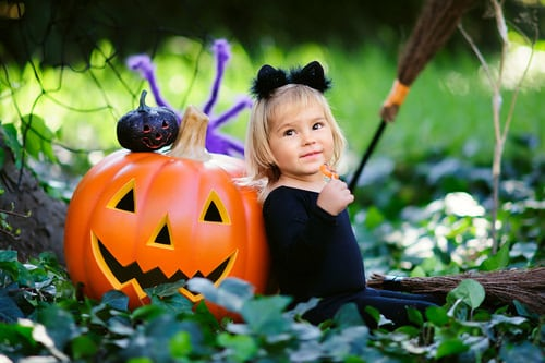 shutterstock 212125018 mini Halloween Safety Tips
