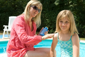 child suncreen Summer Safety Tips for Kids