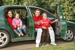 family car trip christmas Holiday Traveling Tips