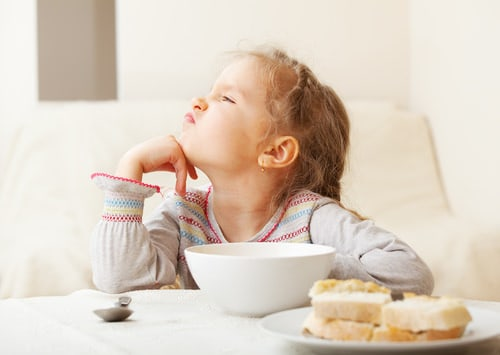 Foods that negatively affect your child's mood _mini