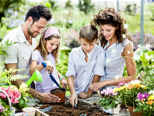 shutterstock 167001683 mini How to Shape Up Your Family This Summer