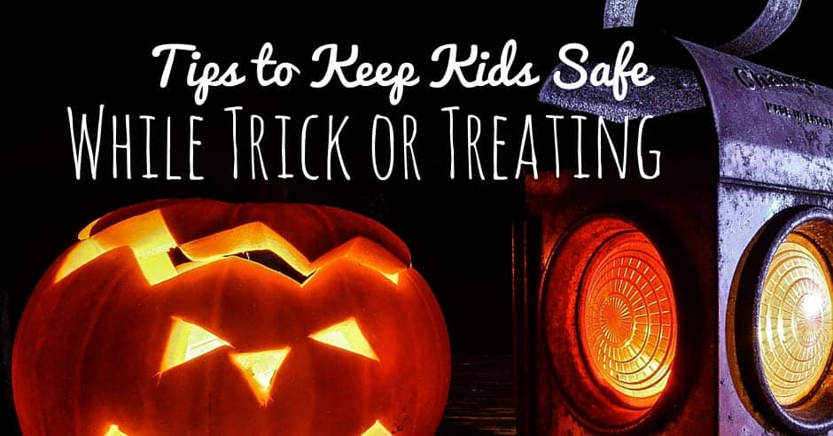 Tips to Keep Kids Safe While Trick or Treating